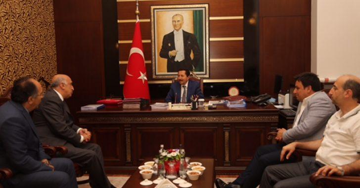 Sakarya 2. OSB Yönetimi Vali Balkanlıoğlu'nu Ziyaret Etti